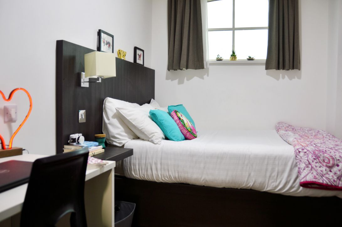 Bridewell Accommodation Bedroom