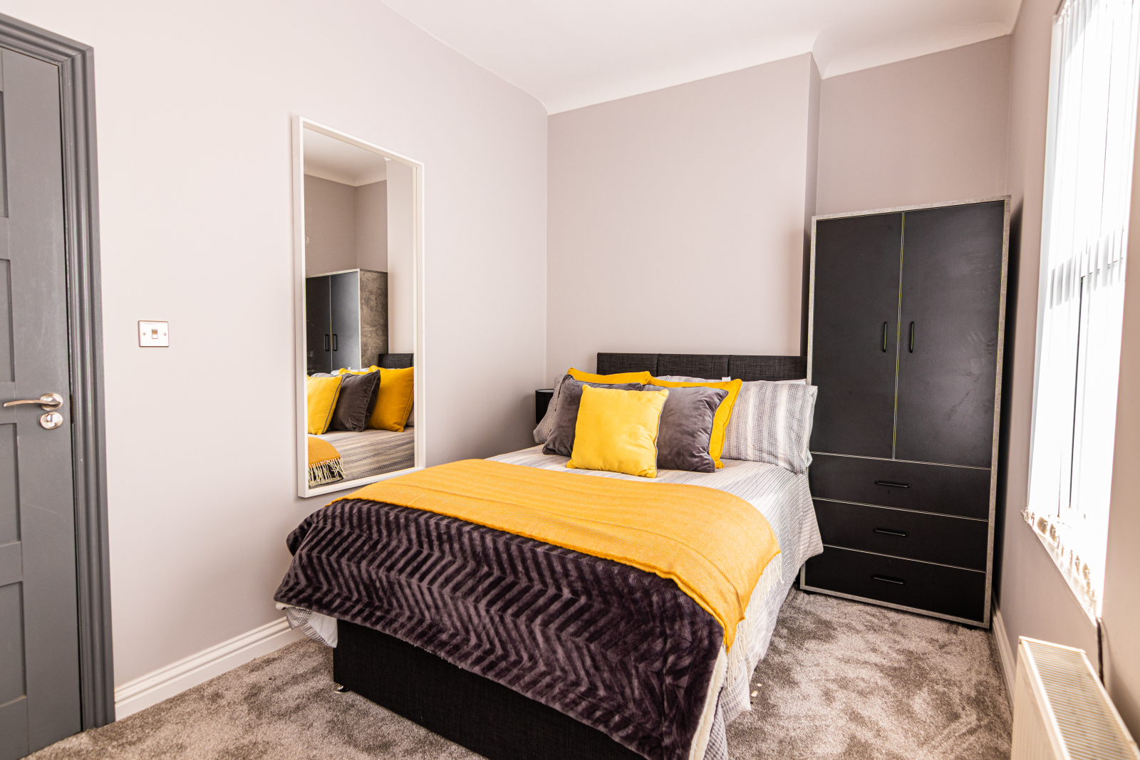 4 Bedroom House Kensington - Caro Lettings