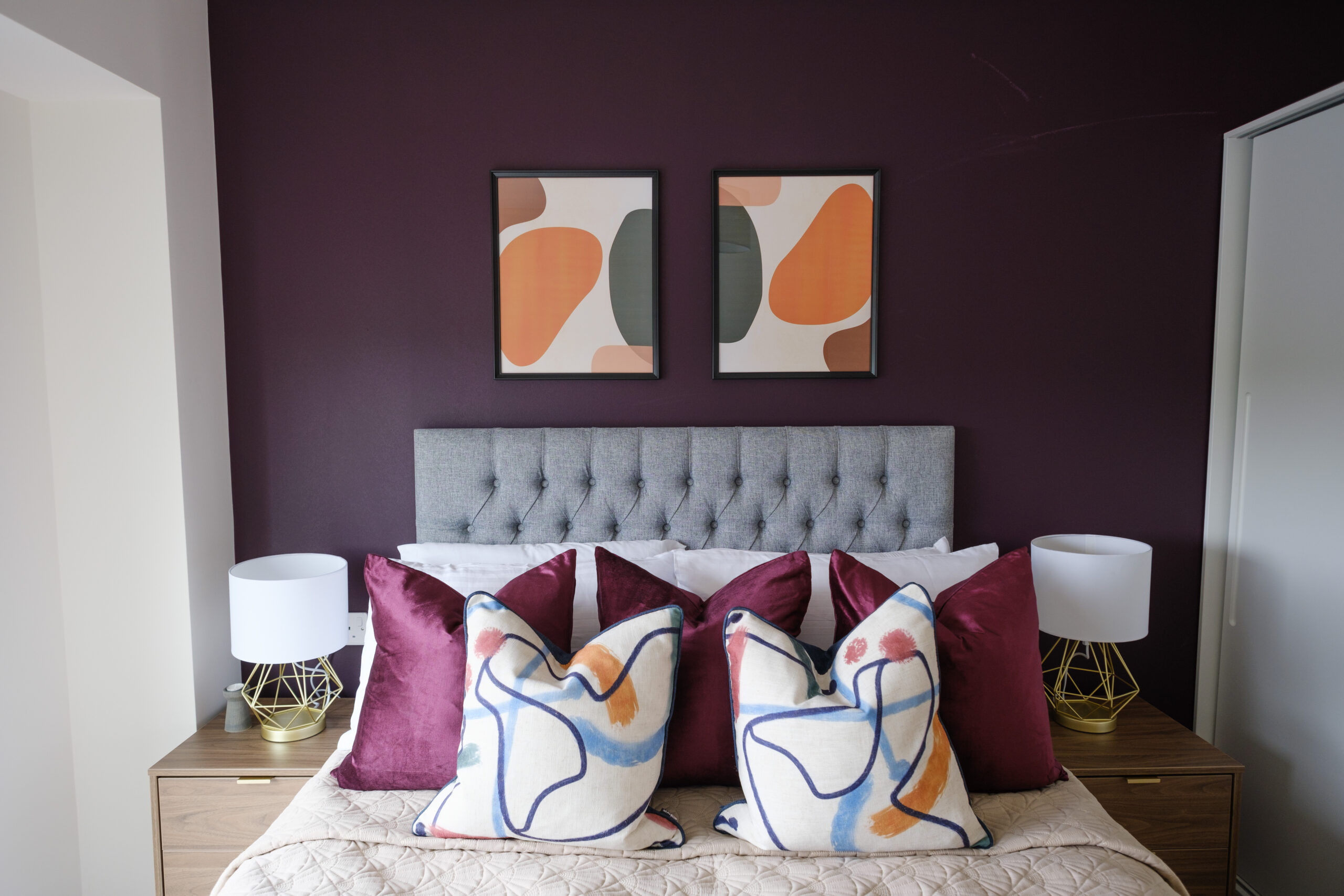 Poets Complete Bed - Caro Lettings